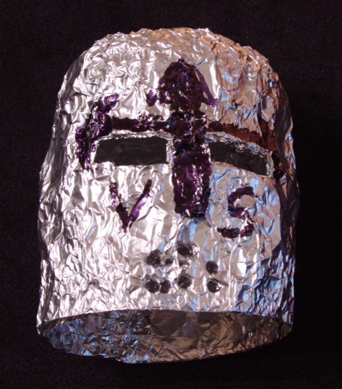 aluminum foil and tin foil Tin foil is a kitchen cupboard essential for many of us, but did you know it had this  many uses it's impermeable to oxygen and water, a fantastic.