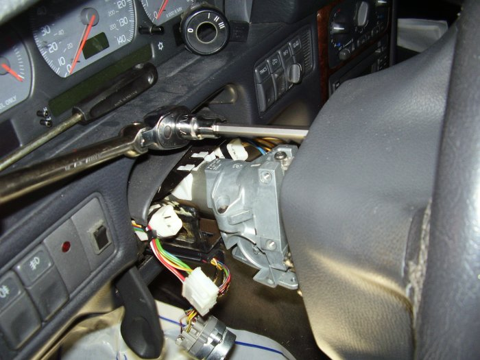 S80 ignition