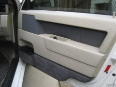 s70 seats, charcoal. gray 850 leather door drim and carpet panels.